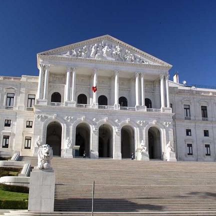 assembleia-da-republica-03